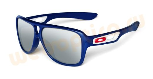 Présentation de sortie oppulyarnyh, la mode des lunettes de soleil Oakley  Dispatch II - 2012 e1e461db8948